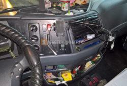 Установка Eberspacher Airtronic D2 в кабину грузовика Мерседес Атего