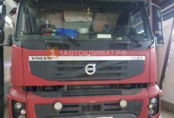 Установка воздушного отопителя ПЛАНАР 2Д-24 (2 кВт) на штатное место в кабину самосвала Volvo FM
