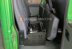 Размещение отопителя в отсеке под последним рядом пассажирских сидений