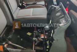 Монтаж отопителя под пассажирским сидением