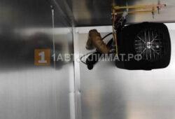 Размещение воздушного отопителя в верхнем левом углу фургона
