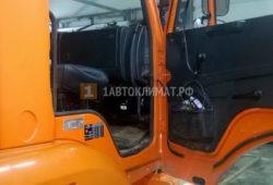 Установка автономного отопителя Планар 4ДМ2 в кабину самосвала КАМАЗ
