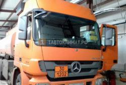 Установка автономного отопителя Eberspacher D2 в кабину грузовика Мерседес